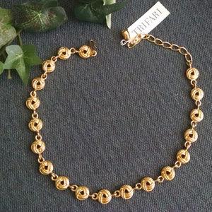 Vintage Trifari Gold Necklace/Choker